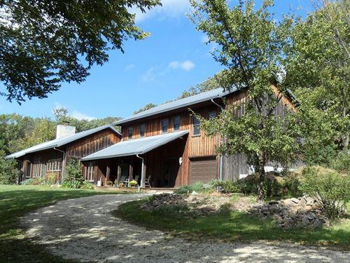 Rustic Sustainable Home & Acreage : Hermann : Gasconade County : Missouri