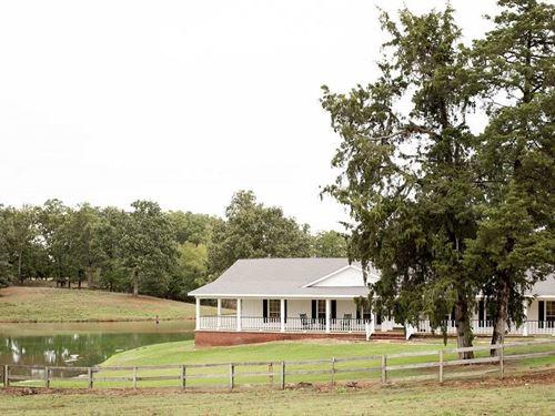 Home Small Lake And Land : Paris : Lamar County : Texas