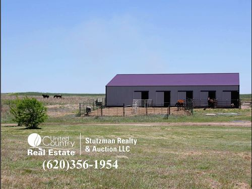 Acreage Home Comanche County : Coldwater : Comanche County : Kansas