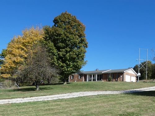Country Home & Acreage / Horse Farm : Hermann : Gasconade County : Missouri