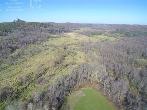 Premier Estate Vacant Land Parcel : Hartford : Washington County : Wisconsin