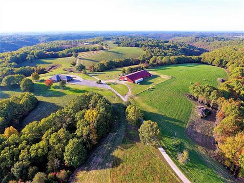 Beautiful Ranch in Galena, Missouri : Galena : Stone County : Missouri