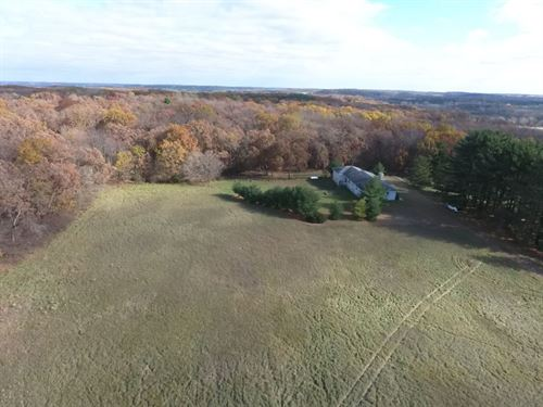 3 Bedroom Country Home : Rio : Columbia County : Wisconsin