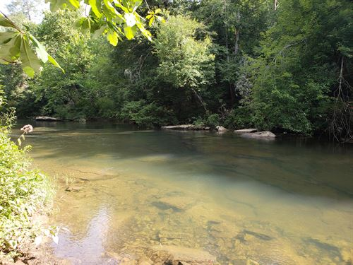 3,000 Feet Of River Frontage : Crossville : Cumberland County : Tennessee