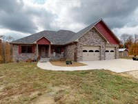 Newer Home On 56 Acres : Bruceton : Carroll County : Tennessee