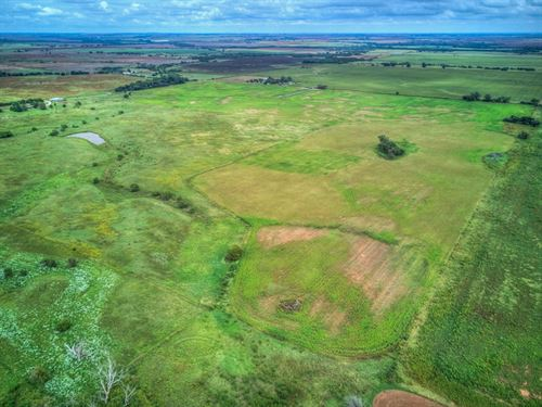 140 Acres Cropland & Grass Pasture : Waukomis : Garfield County : Oklahoma