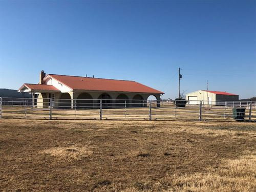 Ranch, Southeast Oklahoma : Wilburton : Latimer County : Oklahoma