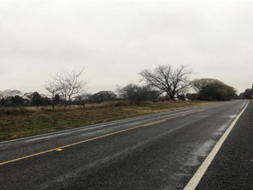 Building / Recreational Site : De Kalb : Bowie County : Texas
