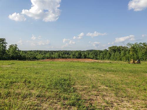 37 Ac Cr 1488 : Center : Shelby County : Texas