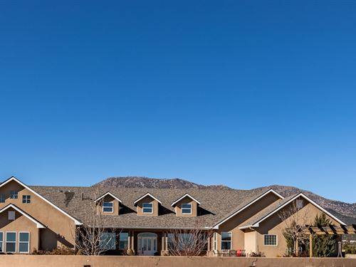 Luxury Custom Home Edgewood New : Edgewood : Santa Fe County : New Mexico
