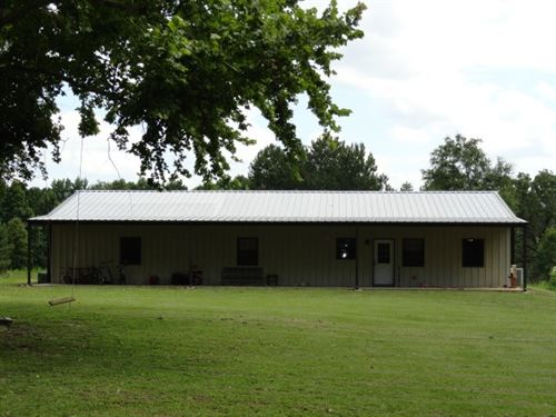 East Texas Country Home & Acreage : Alto : Cherokee County : Texas