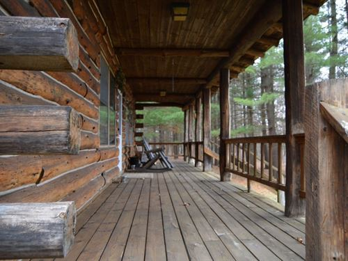 Log Home In The Woods : Portage : Columbia County : Wisconsin