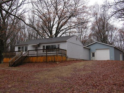 Home And Garage Tucked On 10 Acres : Branch : Mason County : Michigan