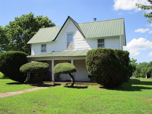 Missouri Cattle Ranch For Sale : Summersville : Shannon County : Missouri