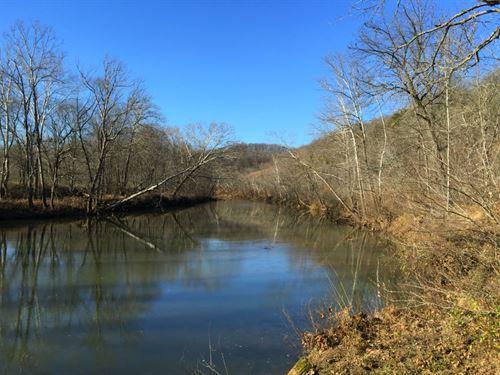22 Acres On Conservation Land : Camdenton : Camden County : Missouri