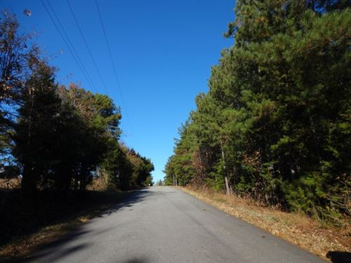 29.17 Acres, Convenient To : Six Mile : Pickens County : South Carolina