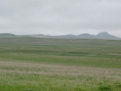 Jacobsen Castle Rock Ranch : Newell : Butte County : South Dakota