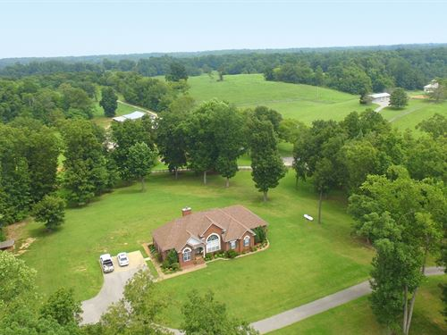 365 Acres Of Rolling Farmland : Lynnville : Giles County : Tennessee