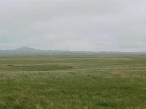 Jacobsen Castle Rock Ranch-Ne Tract : Newell : Butte County : South Dakota