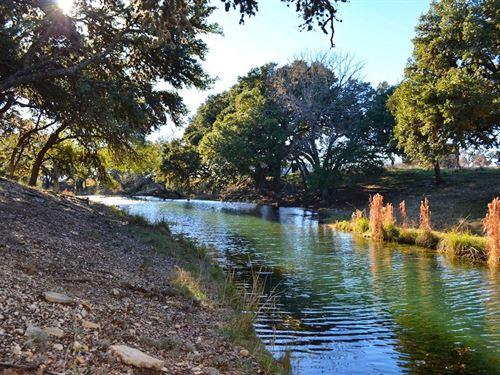 Live Water Recreational Property : Kerrville : Kerr County : Texas