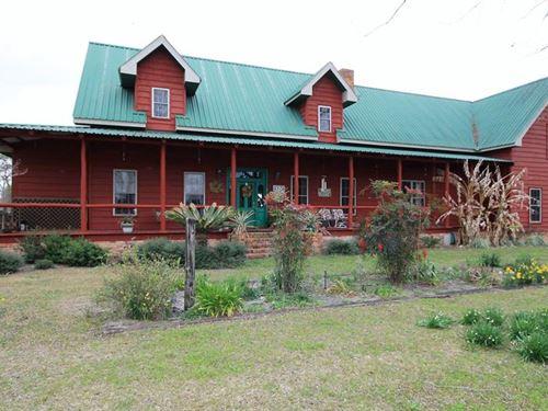 Beautiful Home & Farm On 33+ Acres : Odum : Wayne County : Georgia