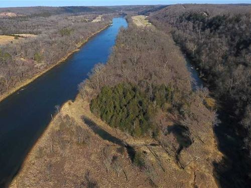 Cane Island on The White River : Flippin : Marion County : Arkansas