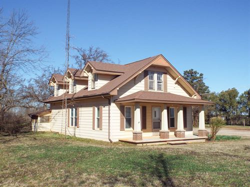 Home & 20 Acres, 140 Acres : Waukomis : Garfield County : Oklahoma