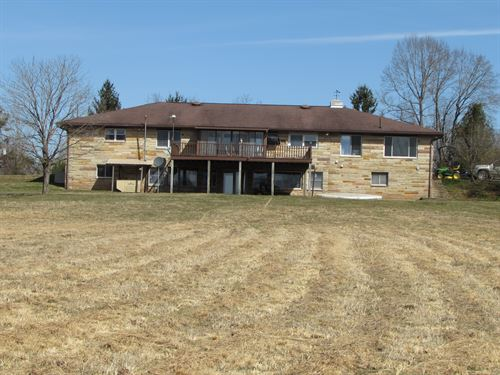 Gorgeous Hilltop Setting : Creston : Calhoun County : West Virginia