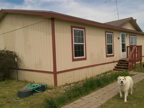 Fenced Acreage With Home And Shop : Deport : Red River County : Texas