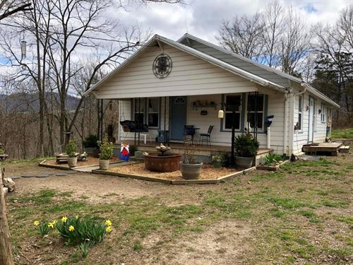 Adorable Home on 27.8 Acres : Thorn Hill : Hancock County : Tennessee