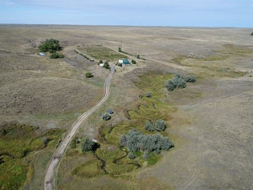 Winemaker's Lodge And Recreat : Parks : Dundy County : Nebraska