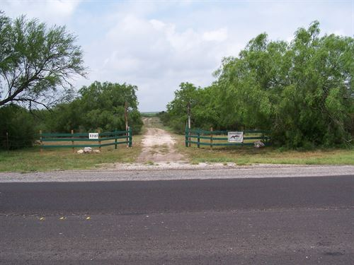 Prime South Texas Homestead : Freer : Duval County : Texas