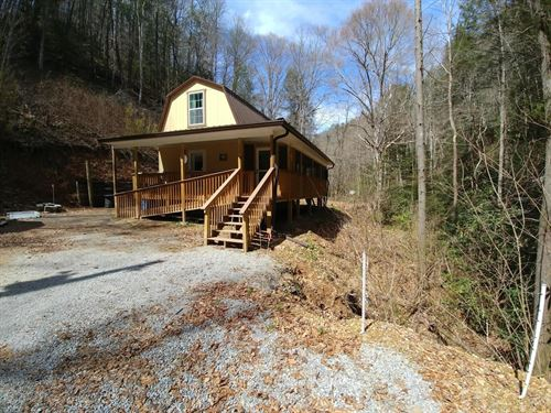 Private 1 Br, 2 BA Cabin 75 Acres : Sneedville : Hawkins County : Tennessee