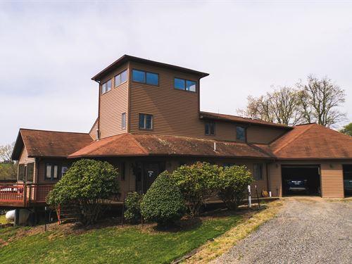 Large Custom Built Home Floyd, VA : Willis : Floyd County : Virginia