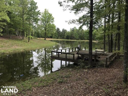 Cabin With Pond & Hardwood Between : Carthage : Leake County : Mississippi
