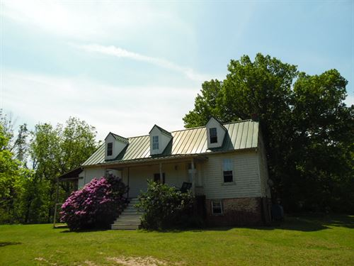 Perfect Package : Drakes Branch : Charlotte County : Virginia