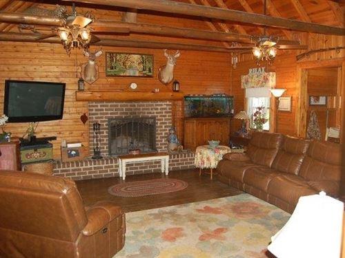 114 Acre Recreational Property : Garnett : Hampton County : South Carolina