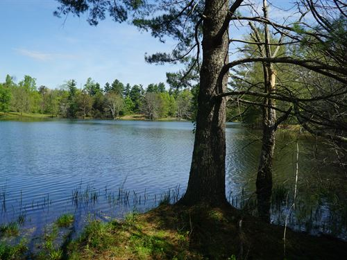 Private Lake On 50 Acres : Crossville : Cumberland County : Tennessee
