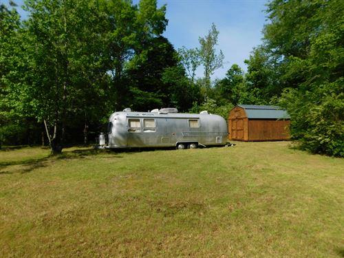 Land TN No Restrictions Creek : Adamsville : Hardin County : Tennessee