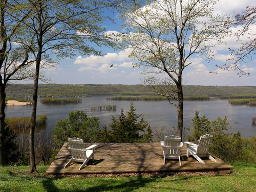 Epic Breathtaking River Bluff Views : Glen Haven : Grant County : Wisconsin