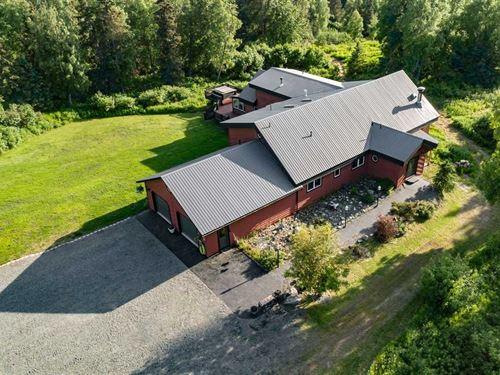 Hilltop Manor Built on 20 Acres : Kenai : Kenai Peninsula Borough : Alaska