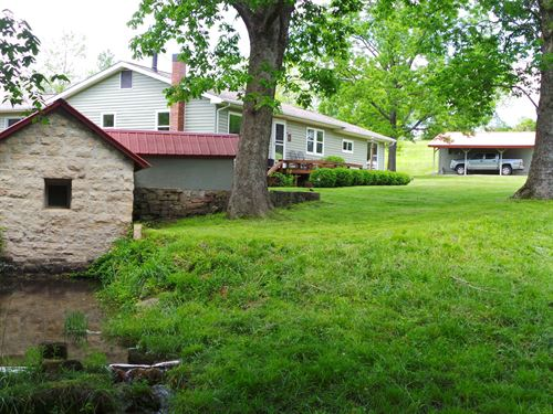 Pebble Springs, End-Of-Road Ozark : Yellville : Marion County : Arkansas