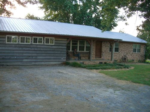 79.78 Ac Farm With Restaurant : Section : Jackson County : Alabama