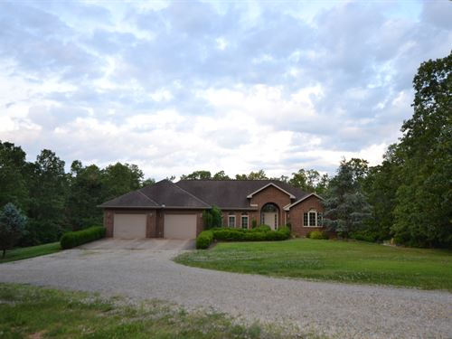 Brick Home With Acreage In Missouri : West Plains : Howell County : Missouri