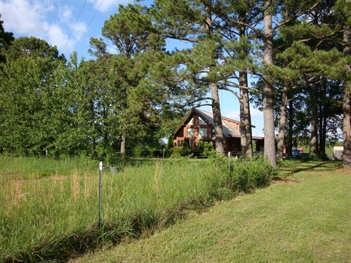 Hobby Farm With Log-Style Home : Birch Tree : Shannon County : Missouri