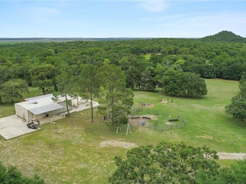 175+ Acres With River Frontage : Gause : Milam County : Texas
