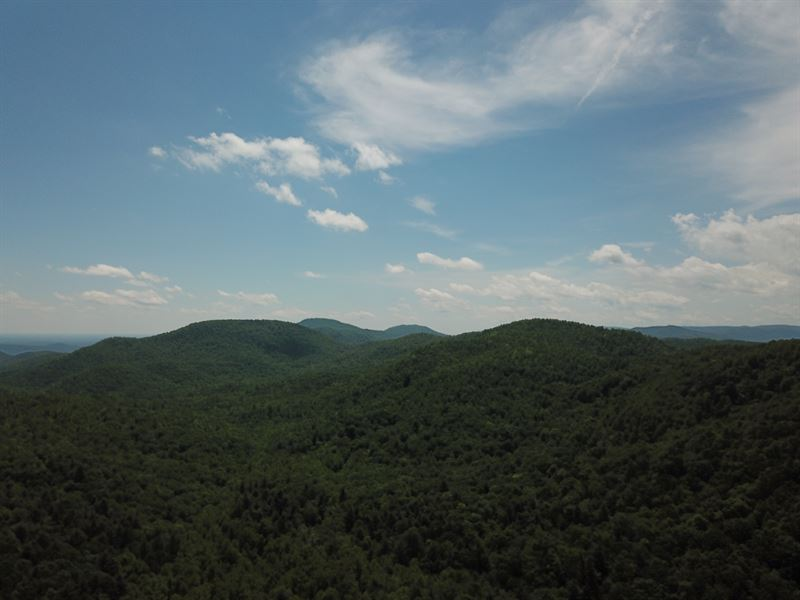Saluda Mountain Passage Retreat : Saluda : Henderson County : North Carolina