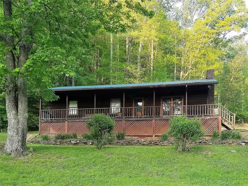 Secluded Mountain Living in Bryson : Ranch for Sale : Bryson City : Swain  County : North Carolina