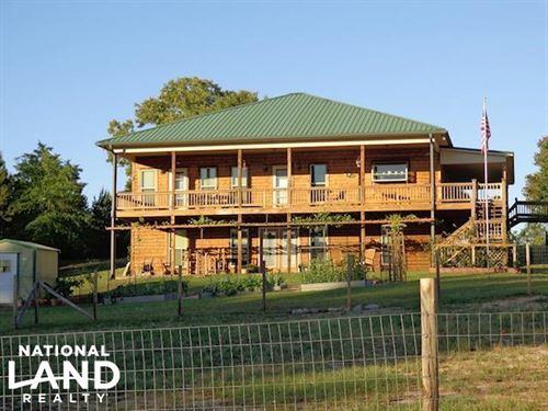 Lambert Lake Home And Private Hunti : Box Springs : Marion County : Georgia