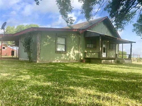 12+ Acres With Farm House And Barn : Gainesville : Cooke County : Texas